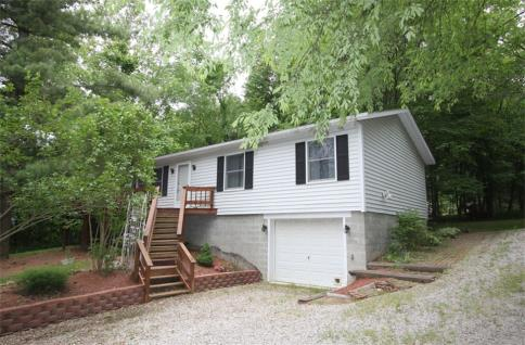Nice and affordable apple valley lake home for sale by sam for Affordable lakefront homes